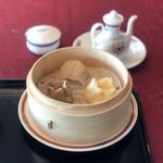 中国料理 万陽華 - 飲茶(手作り肉焼売、手作り海老蒸し餃子、手作り蟹焼売)