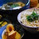 かどや食堂 - しらす丼とわかめうどんの定食(¥750)