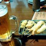 いっさく - 生ビール(大)、串天盛合せ(えび、いか、ふぐ、カキ、豚チーズ)