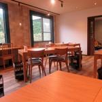 五感レストラン ベイベリー - こんな山中にはお客様は余り来ないだろうと思ってましたがこの日も数組の予約客がランチを楽しんでおられました。