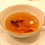 東京會舘 - 森の茸入りコンソメスープ