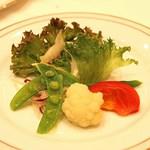 東京會舘 - 季節のサラダ