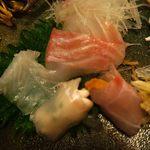 博多 一梅 - ウニの鯛巻きと白子のヒラメ巻き