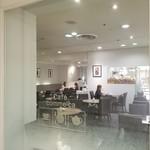 カフェ・コムサ - 店内様子。