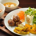 ベジキッチン・グーグー - 料理写真:夜ベジ定食 ミートボール定食