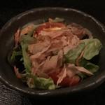 Teppanfuudosuzuran - サクラエビのサラダ
