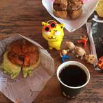 117996130 - スタイリスト、サングラスは❣️千本桜                 コーヒー無料❣️