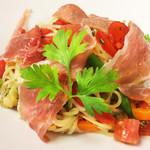 イタリア厨房 KUNISHIMA - 焼き茄子と生ハムの冷製パスタ