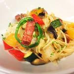 イタリア厨房 KUNISHIMA - 厚切りベーコンと夏野菜のペペロンチーノ