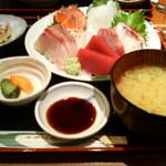 騏乃嵐 - 刺身定食