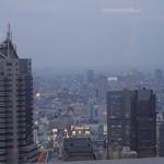 Cafe53 - 夕闇迫る新宿の空