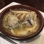 牡蠣酒場 すずきんち - 牡蠣とキノコのアヒージョ