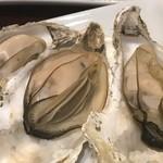 牡蠣酒場 すずきんち - 焼き牡蠣