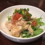牡蠣酒場 すずきんち - 大山鶏のたたきポン酢