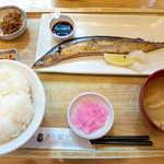 さち福やCAFE - 国産さんまの塩焼き定食・たっぷり大根おろし(¥1298)。大根おろし、少ないかも…