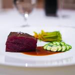 レストラン サンパウ - 和牛サーロインのアサド 花ズッキーニ、グリンピース、ミント