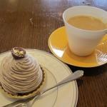 桜ヶ池クアガーデン - パティシエ特製ケーキ(モンブラン)&コーヒー