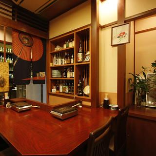 こだわりの海鮮料理とともに日本酒を