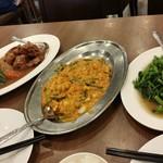 118051063 - プーパッポンカレー、空心菜炒め、鶏肉と野菜の炒め物
