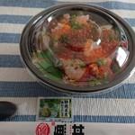 魚丼屋 彩 - 料理写真: