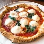 PIZZA SALVATORE CUOMO - 至高のマルゲリータSサイズ 2,000円