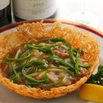 ヘルメスワインコーナー - 牛肉と野菜の四川風 1,250円