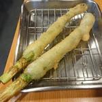 串まん - アスパラ一本 200円×2
