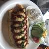 プティ・ポア - 料理写真:オムライスは小でも大きい。