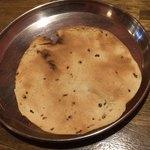 インド食堂ビジエさんのカリー屋1丁目 - パパド