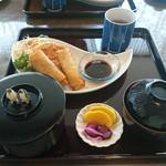 ビアムーン - 料理写真: