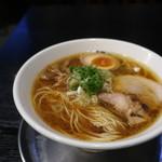 伊駄天 - 伊駄天らー麺 醤油(大盛)