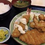 さかえ食堂 - 料理写真:A定食1130円