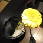 懐石料理 他人吉 - お酒とお花