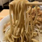 118106620 - 【2019.9.13】加水やや高めの中太麺。