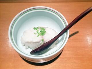 志げる - クエの蒸し鮨