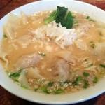 酒と肴と麺の店 田村屋 - 肉ワンタン麺