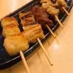 たまの里 - 串焼き盛合せ(5本)