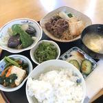 味工房 藍花 - 料理写真:肉豆腐定食 840円