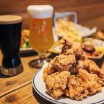 カラアゲとクラフトビール タンサンバルポゴ -