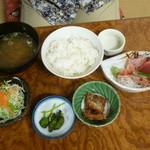 ぼら納屋 - 刺身定食