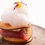 イル ギオットーネ - 料理写真:鰹とリンゴのミッレフォーリエ