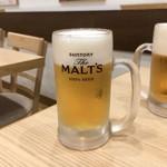吉野家 - ドリンク写真:生ビールはジョッキも樽も冷え冷え