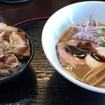 麺処学 - 焼き秋刀魚らぁめんとミニチャーシュー丼