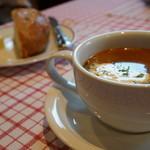 プティ・マルミット - Aランチのスープとかパン