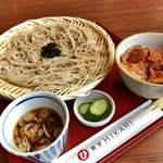ヒカリ - 蕎麦と豚丼 830円