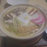 末廣 - 料理写真:ご主人お勧め 鍋焼きうどん 800円