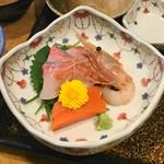 酸ヶ湯温泉旅館 - 料理写真:お造り