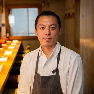 酒井涼氏(サカイリョウ)─料理へのあくなき情熱と探求心