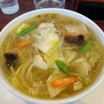 亀甲楼 - 料理写真:あっさりしつつも、コクのあるスープ