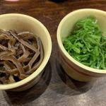 九州じゃんがららあめん - キクラゲ、ねぎ(各100円)